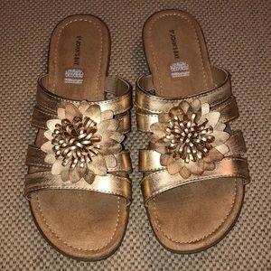 St John's Bay Gold Flowered Sandals